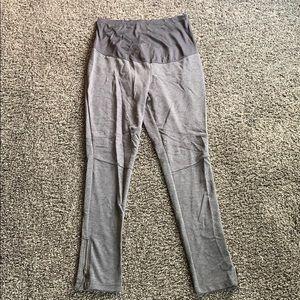 Soft grey ankle zip yoga maternity pants!